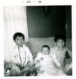 Dec. 1958 - My first xmas with Micheala & Kathie
